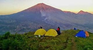 http://www.lomboksociety.web.id/2018/01/sepintas-kilat-tentang-wisata-sembalun.htm