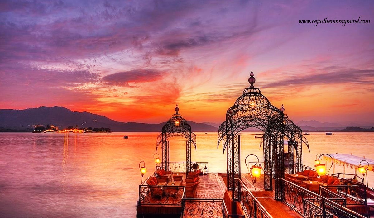 sunset at pichola lake, Udaipur