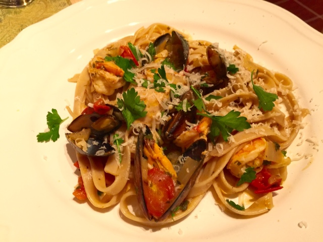 Mussel and prawn pasta with garlic and herbs