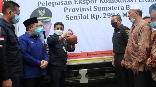 Menteri Pertanian Kunjungi Balitbu, Wagub Audy Sebut Sektor Pertanian Tulang Punggung Sumbar
