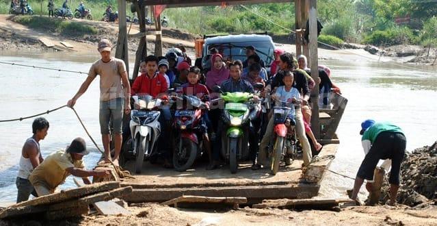 Sekat Arus Mudik, Eretan Perahu Perbatasan Bekasi - Karawang Tutup Sementara