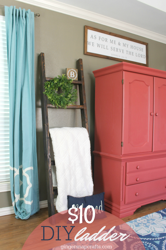 $10 DIY Ladder at GingerSnapCrafts.com #farmhouse #DIY