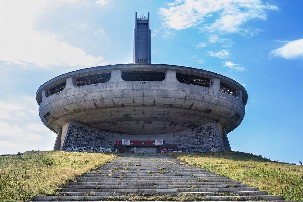 buzludzha-monument-4