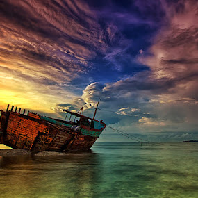 Cast Away by Agoes Antara - Transportation Boats