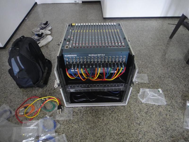 Monitores de Palco - Ajuda com Sugestão - Página 12 DSC02300_1024x768