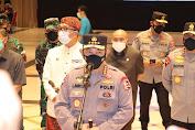 Tinjau Vaksinasi Massal di Bandung, Panglima TNI dan Kapolri Minta Warga Tetap Komitmen Patuhi Prokes