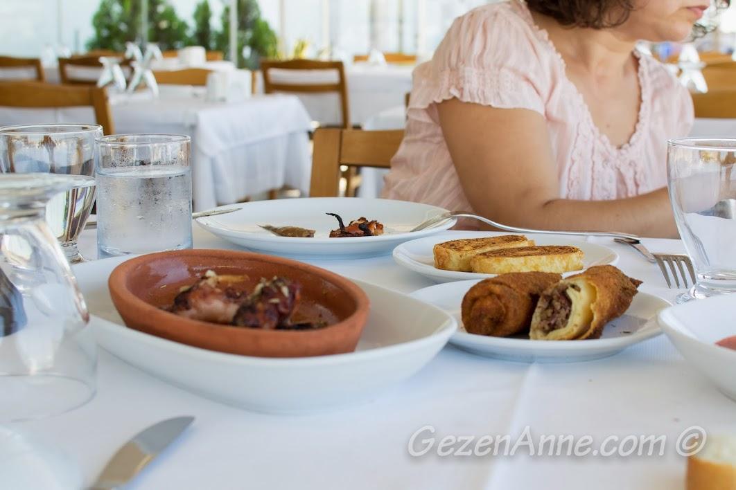 Çanakkale, Yalova Restoran'daki ara sıcaklar