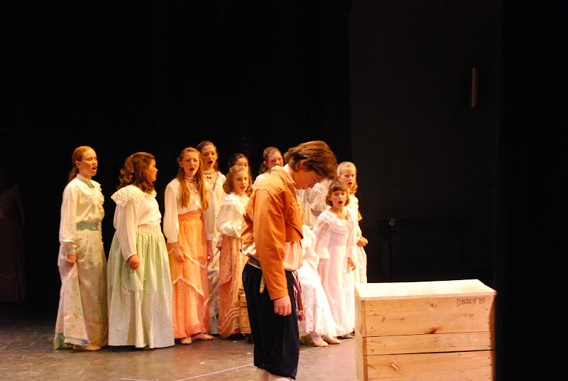 2012PiratesofPenzance - DSC_5774.JPG