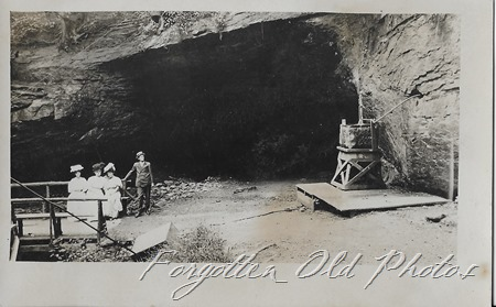 Basket and a cave DL ant Azo postcard Triangles up