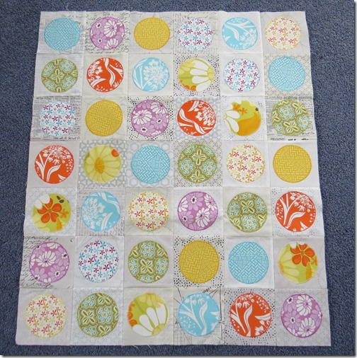 Rochelles circle baby quilt