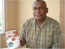 Gembala Dr. Socratez Yoman. MA Menulis Untuk Membangun Kesadaran Bangsa