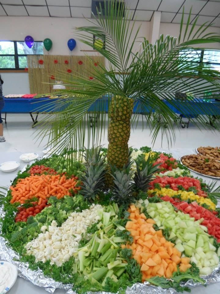 Crea una palmera con pi as para decorar tu fiesta for Como secar frutas para decoracion