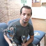 Campeon y trofeo Zamora.jpg