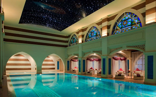 Hamman are upscale Dubai spas that feature traditional steam baths with a vareity of treatments.