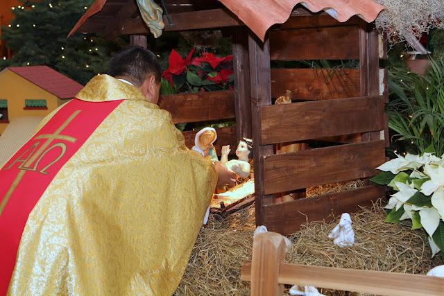 OLOS Navidad 2010 con Amigos Migrantes - IMG_9758.JPG
