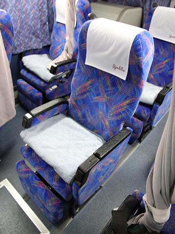 伊予鉄南予バス「道後エクスプレスふくおか号」 5388 シート