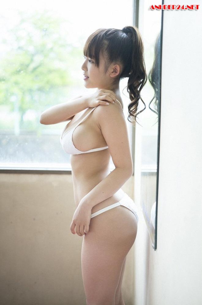 Jun Amaki em gái Nhật siêu vòng một
