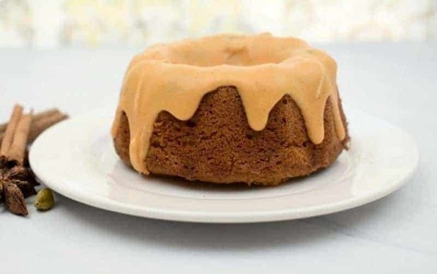 keto-pumpkin-cream-cheese-bundt-cake-800x501