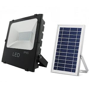 Proiector LED 100W cu panou solar