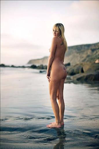 Beach - Feliz Paloma Gonzales