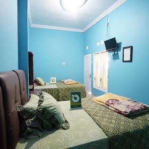 Cozy Twin Bed Homestay Biru Kharisma