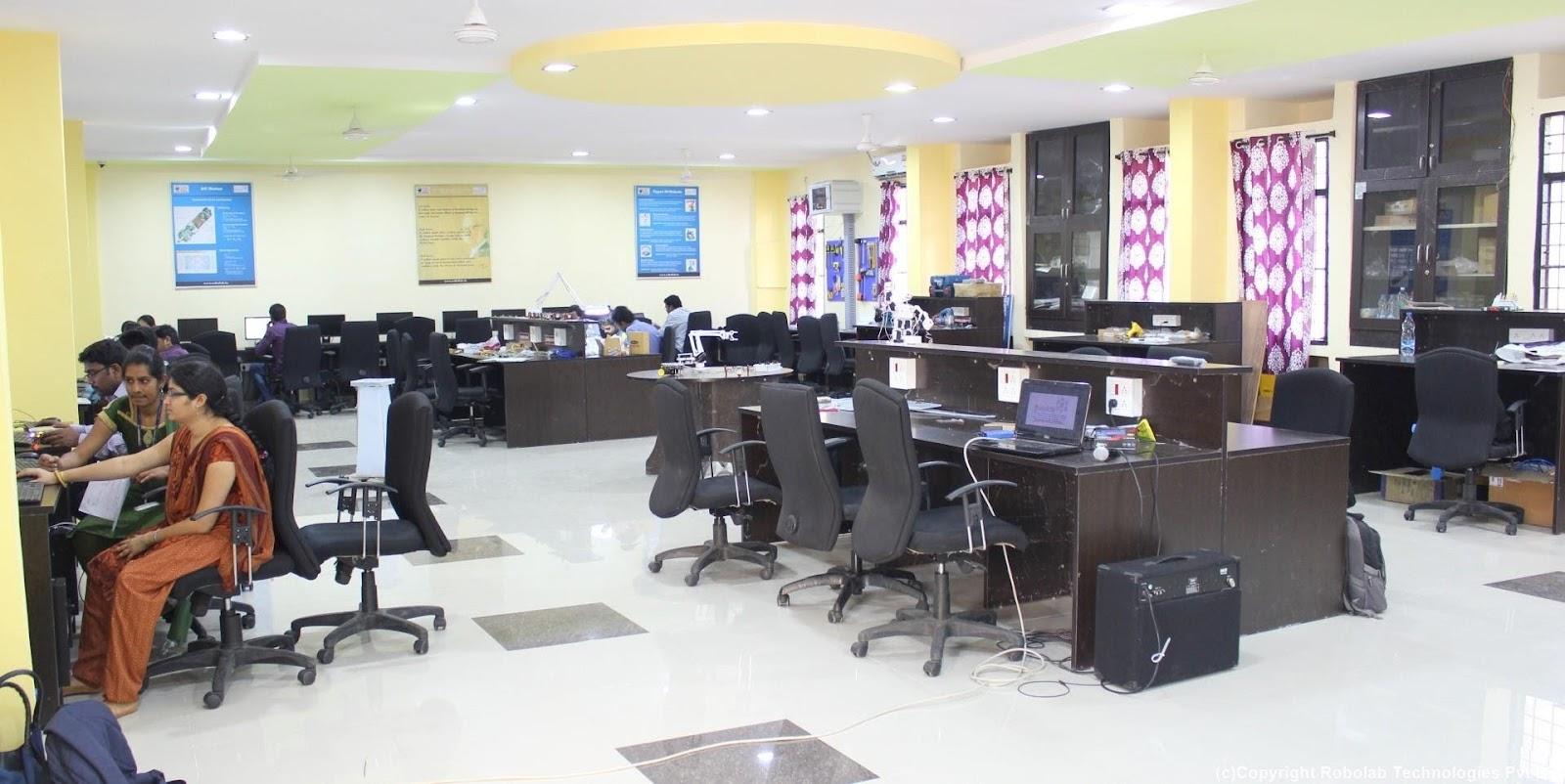 Marri Laxman Reddy Institute of Technology, Hyderabad Robolab (8).jpg