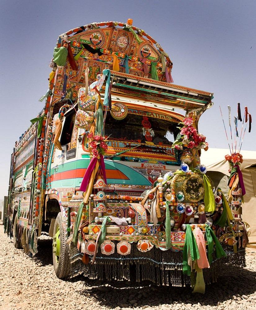 pakistan-jingle-trucks-126?imgmax=1600 The Jingle Trucks of Pakistan Random