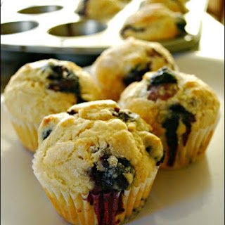 Easy Blueberry Muffins - Food Fun Friday