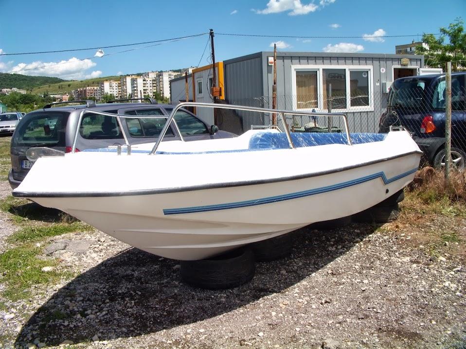 Лодки Second-hand Нов Внос DVCI9035