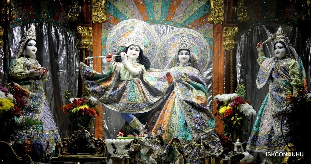 ISKCON Juhu Mangal Deity Darshan on 5th Aug 2016 (15)