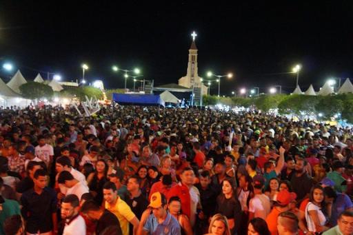 Pandemia muda formato da festa do padroeiro de São Sebastião do Umbuzeiro,  a maior do país
