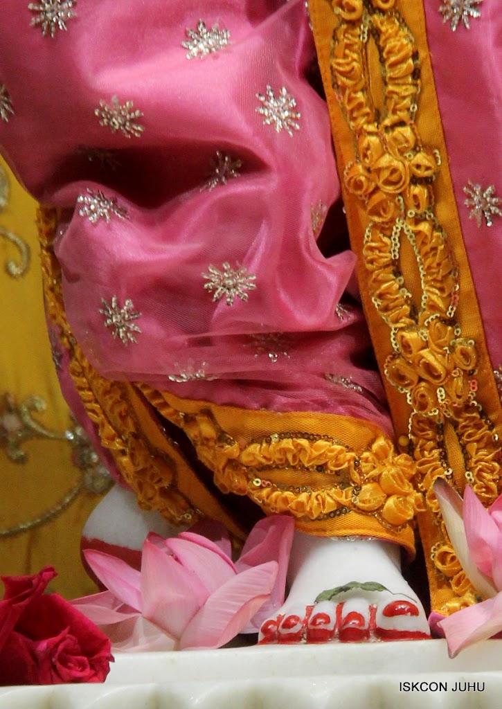 ISKCON Juhu Mangal Deity Darshan on 30th June 2016 (31)