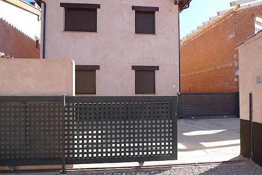 Casa en venta con 140 m2, 3 dormitorios  en Gea de Albarracín