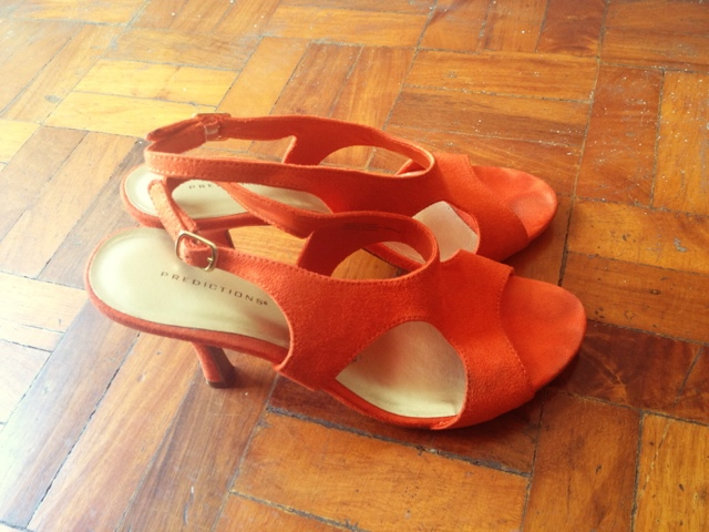 The Budget Fashion Seeker - Orange Sandals 1