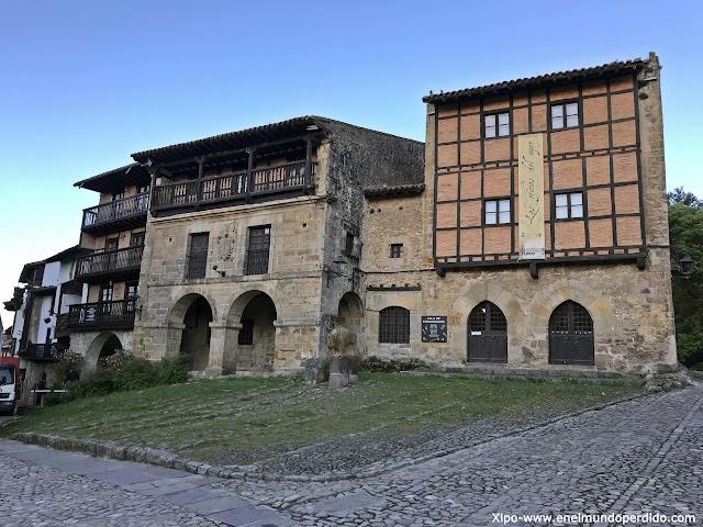 casa-del-aguila-casa-la-parra-santillana-del-mar.jpg