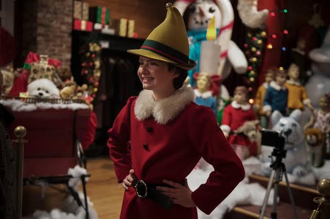 Especial de Natal de O Mundo Sombrio de Sabrina: Leve, amoroso e uma preparação para a 2ª temporada