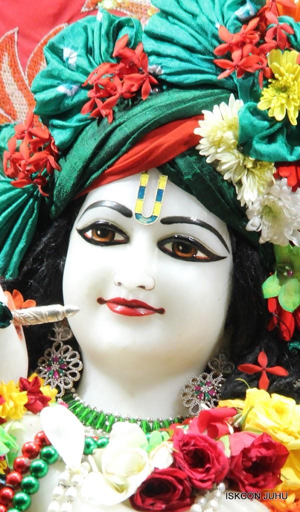 ISKCON Juhu Sringar Deity Darshan on 28th Aug 2016 (49)