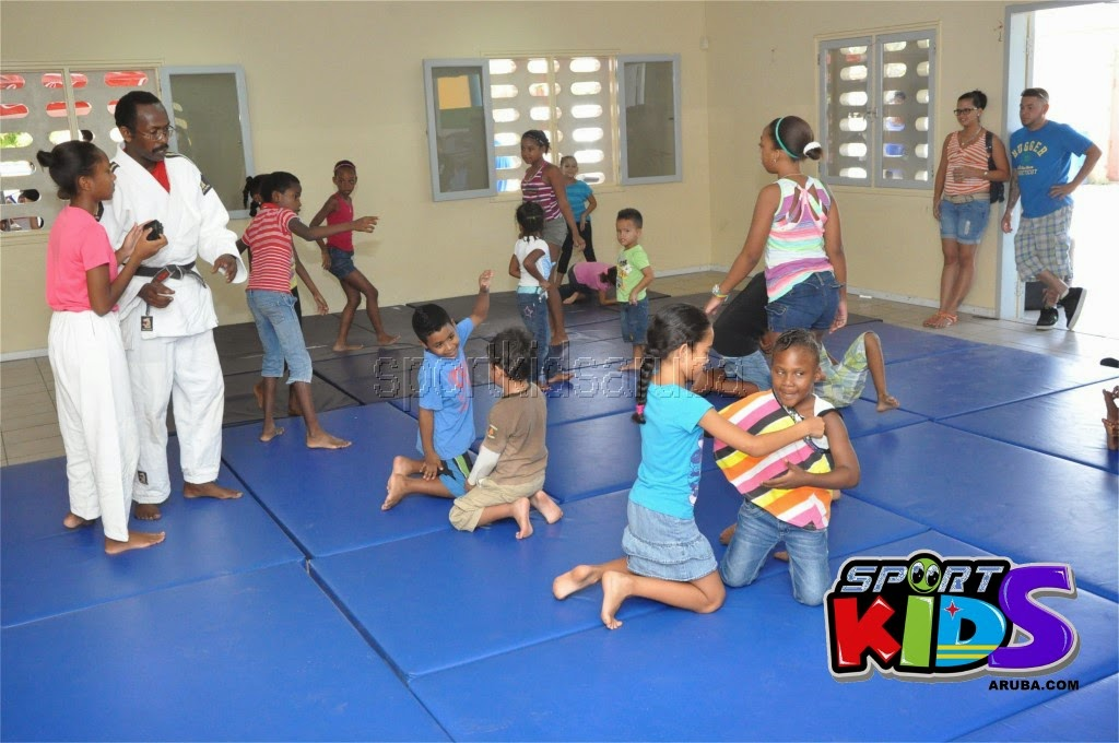 Reach Out To Our Kids Self Defense 26 july 2014 - DSC_3089.JPG