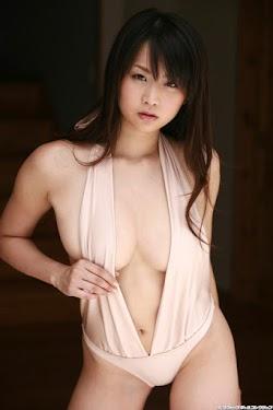 Aoshima Akina 青島あきな