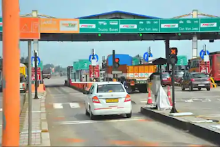 india-will-be-toll-naka-free-in-the-next-two-years