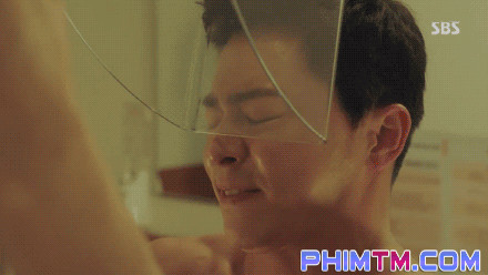 Sởn da gà với loạt cảnh phim không dùng đóng thế của diễn viên Hàn Quốc - Ảnh 1.
