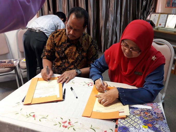 SMA 8 Pekanbaru Teken MoU Dengan SMK Mohd.Khalid Johor Bahru Malaysia
