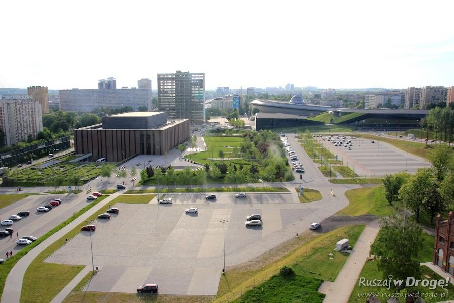 Widok z wieży nadszybia na Centrum Kulturalne Katowic