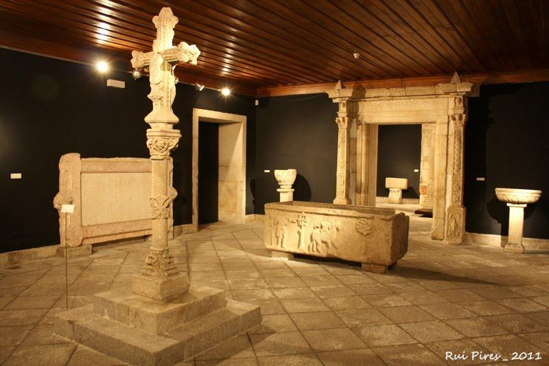 Museu de Lamego - Portugal by Rui Pires (Cruzeiro do Senhor do Bom Despacho)