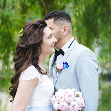 Wedding photographer Irina Ogarkova (anisina). Photo of 04.08.2017