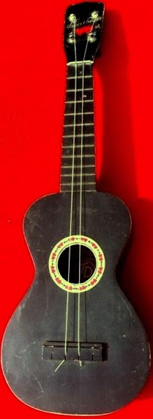 T&D Sweetheart Soprano Ukulele by Richter