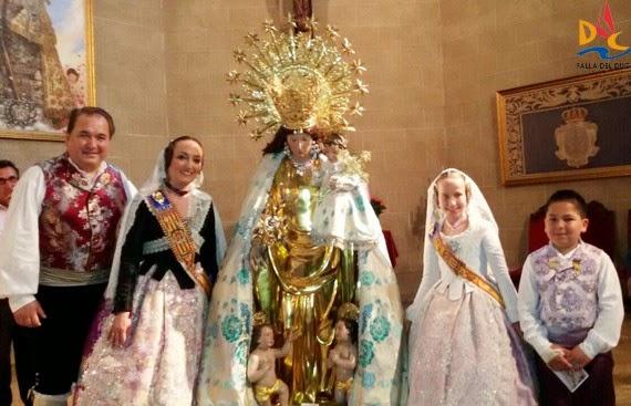 Besamanos a la Virgen de los Desamparados