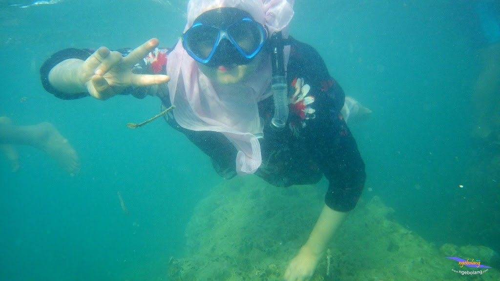 family trip pulau pari 090716 Pentax 20