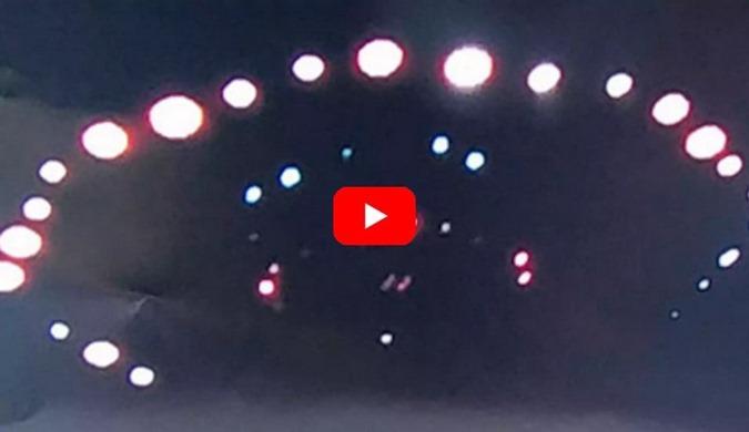 UFOs OVNIs iluminam o céu Escocês