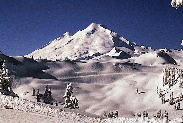 Snow clad Mount Baker awaits winter sport enthusiasts.Credit: Bellingham Whatcom County Tourism
